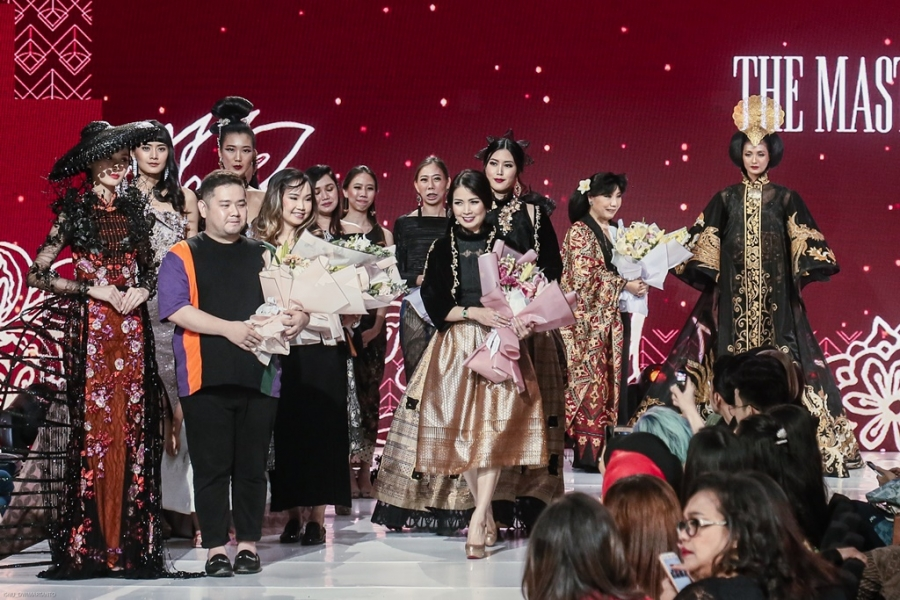 HighEnd The Masterpiece 2019: Alunan Wastra Pukau Pecinta Mode Indonesia